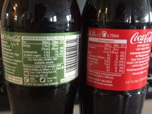 Zucker im Vergleich. Coca Cola Life vs Coca Cola.