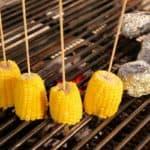 Mit Maiskolben gesund grillen