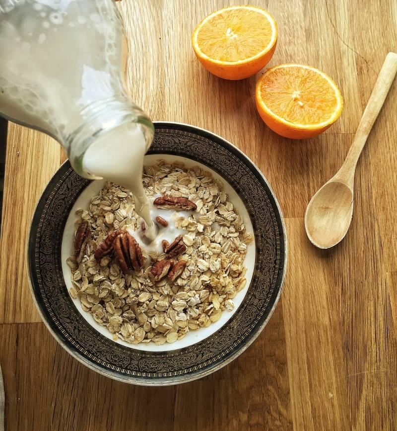 Mandelmilch als Alternative zu Kuhmilch